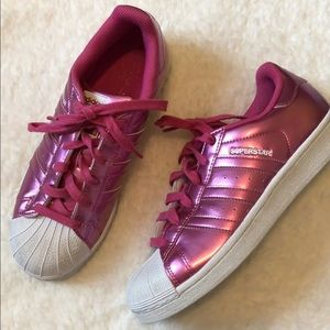 adidas Shoes - Adidas SUPERSTAR pink